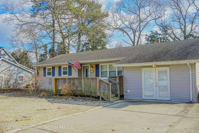 461 Newport Road, Forked River, NJ 08731 (MLS #22101805) :: The MEEHAN Group of RE/MAX New Beginnings Realty