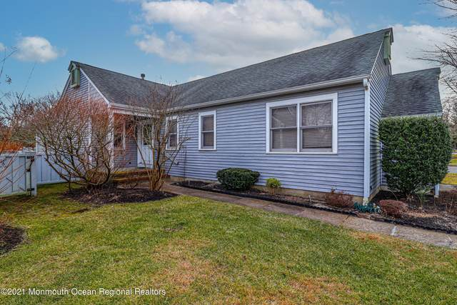 2 Turnberry Circle 111A, Toms River, NJ 08753 (#22101947) :: Daunno Realty Services, LLC