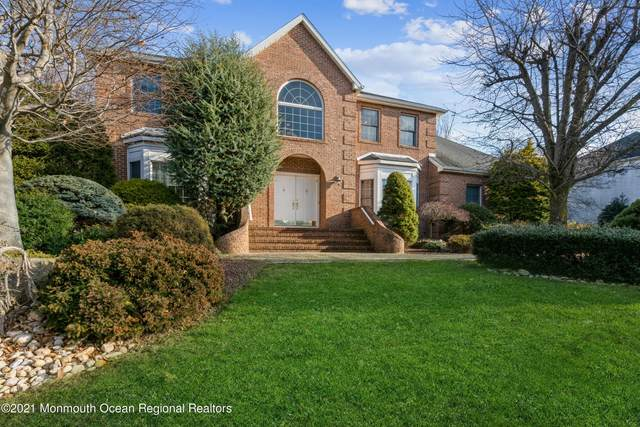 110 Rolling Hill Drive, Morganville, NJ 07751 (MLS #22101954) :: The CG Group | RE/MAX Revolution