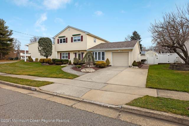26 Briscoe Terrace, Hazlet, NJ 07730 (MLS #22102001) :: The Streetlight Team at Formula Realty