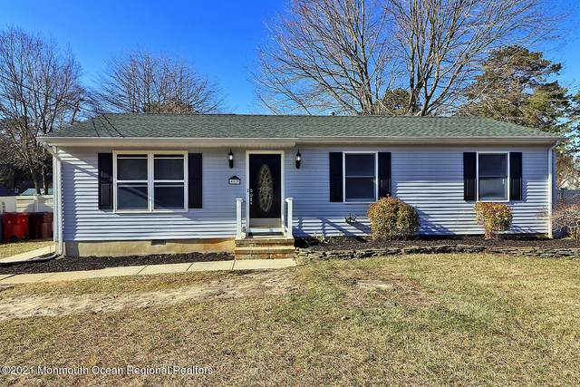 417 Lakeside Boulevard, Bayville, NJ 08721 (MLS #22102037) :: The MEEHAN Group of RE/MAX New Beginnings Realty