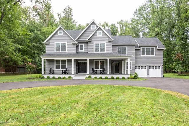 82 Sunnybank Drive, Shrewsbury Boro, NJ 07702 (MLS #22102042) :: Kiliszek Real Estate Experts