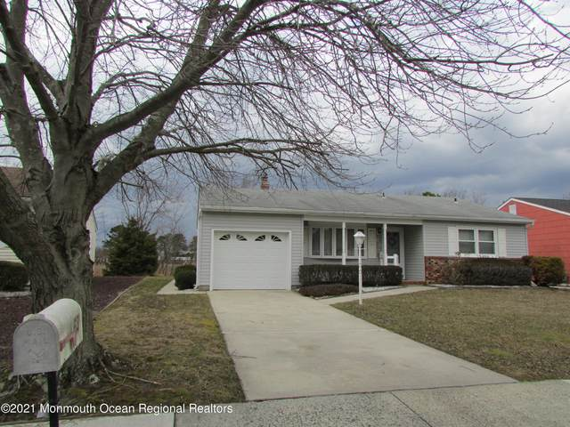 63 Nostrand Drive, Toms River, NJ 08757 (MLS #22102091) :: The MEEHAN Group of RE/MAX New Beginnings Realty