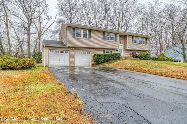 10 Kearney Drive, Middletown, NJ 07748 (MLS #22102240) :: The MEEHAN Group of RE/MAX New Beginnings Realty