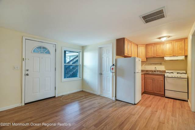 39 Sampson Avenue A3, Seaside Heights, NJ 08751 (MLS #22102335) :: The Ventre Team