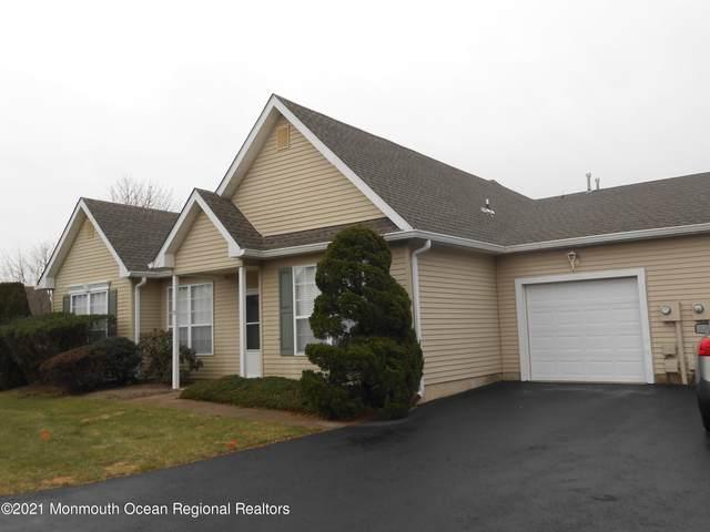 36 Foxwood Road #1002, Lakewood, NJ 08701 (MLS #22102398) :: The MEEHAN Group of RE/MAX New Beginnings Realty