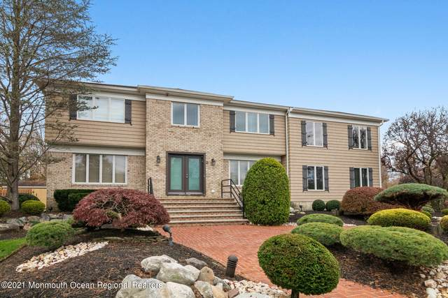 2 Darby Court, Manalapan, NJ 07726 (MLS #22102636) :: The Streetlight Team at Formula Realty