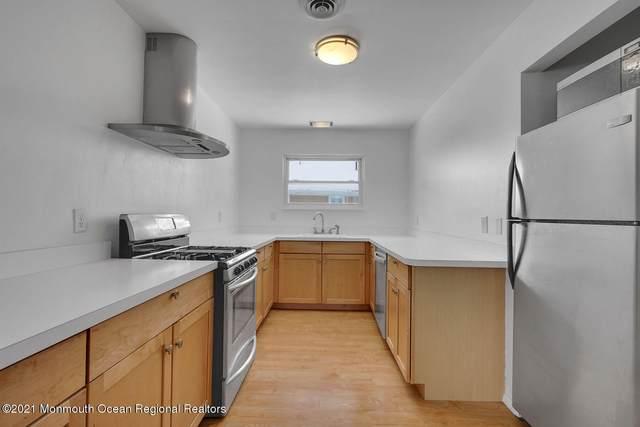 18 Parisian Drive, Toms River, NJ 08753 (MLS #22103362) :: Provident Legacy Real Estate Services, LLC