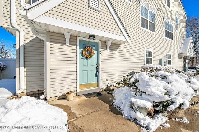 44 Richmond Court, Tinton Falls, NJ 07712 (MLS #22103896) :: The DeMoro Realty Group | Keller Williams Realty West Monmouth