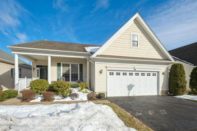 21 Country Club Drive, Monroe, NJ 08831 (MLS #22104763) :: William Hagan Group