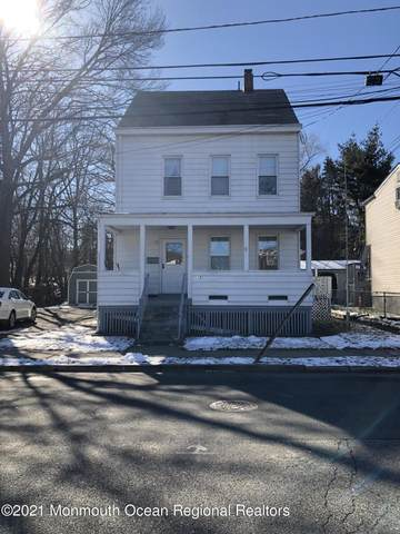 116 Glover Avenue, West Paterson, NJ 07424 (MLS #22105253) :: The Sikora Group