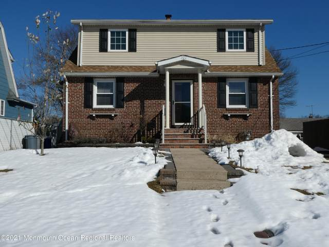 322 B Street, Middlesex, NJ 08846 (MLS #22105308) :: The MEEHAN Group of RE/MAX New Beginnings Realty