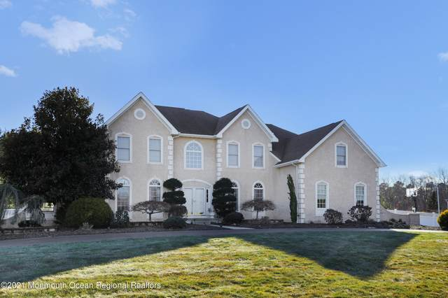 40 Aimee Drive, Freehold, NJ 07728 (MLS #22105385) :: William Hagan Group