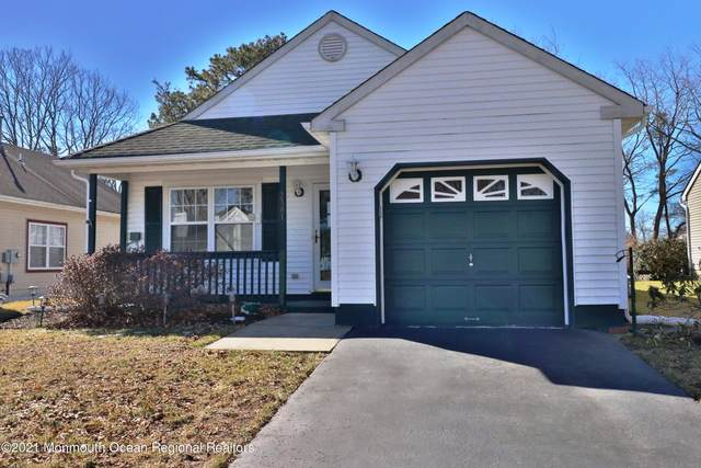 2381 Mount Hood Lane, Toms River, NJ 08753 (MLS #22105459) :: Provident Legacy Real Estate Services, LLC