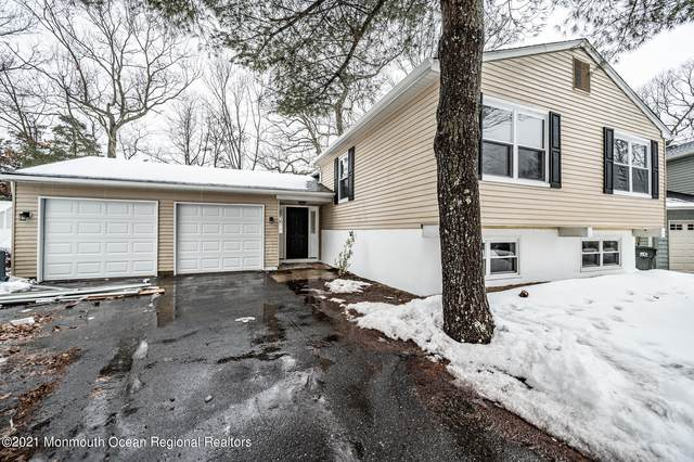 19 Silversmith Court, Howell, NJ 07731 (MLS #22105557) :: The Sikora Group