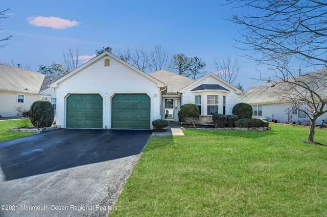 18 Pine Valley Road, Lakewood, NJ 08701 (MLS #22105874) :: The Sikora Group