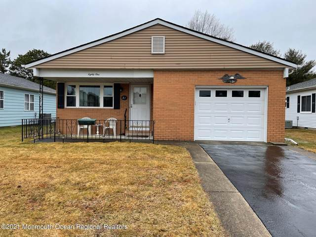 81 Selkirk Avenue, Toms River, NJ 08757 (MLS #22105875) :: The Sikora Group