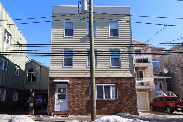 66 Magazine Street, Newark, NJ 07105 (MLS #22106222) :: The Sikora Group