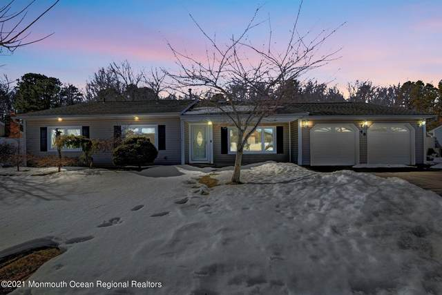 48 S Rhoda Street, Monroe, NJ 08831 (MLS #22106268) :: Kiliszek Real Estate Experts