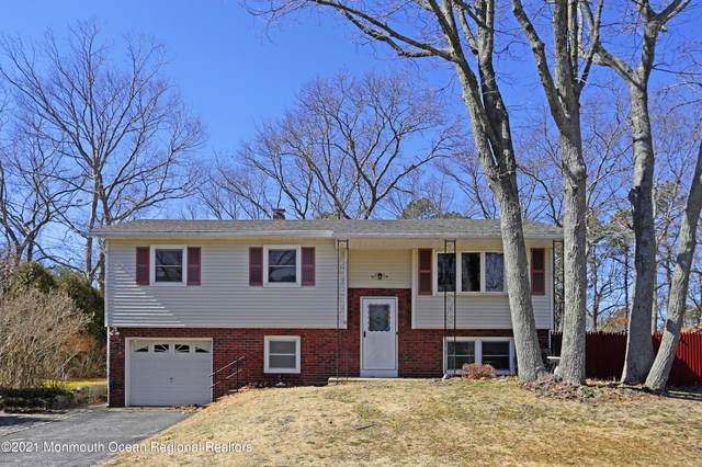 10 Sun Ray Drive, Toms River, NJ 08753 (MLS #22106283) :: Kiliszek Real Estate Experts