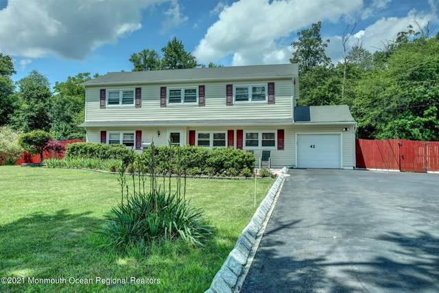 42 Chesapeake Road, Manalapan, NJ 07726 (MLS #22106288) :: William Hagan Group