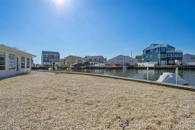 21 A & B Tunney Terrace #2, Ortley Beach, NJ 08751 (MLS #22106507) :: The MEEHAN Group of RE/MAX New Beginnings Realty
