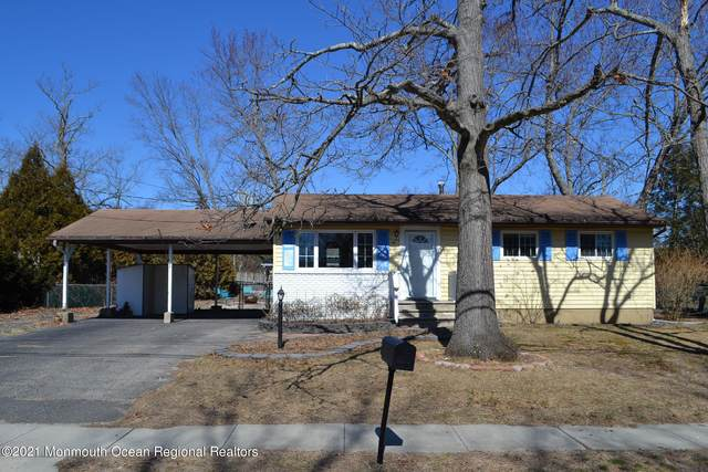 18 Castle Avenue, Jackson, NJ 08527 (MLS #22106638) :: Provident Legacy Real Estate Services, LLC