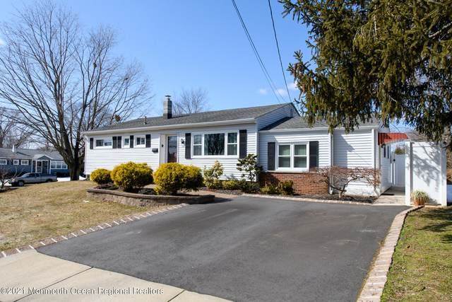 32 Berkshire Road, Old Bridge, NJ 08857 (MLS #22106663) :: Kiliszek Real Estate Experts