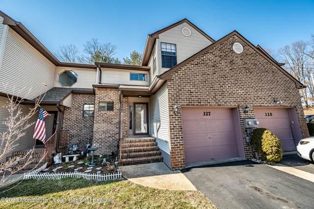 327 Oak Knoll Drive 32-7, Manalapan, NJ 07726 (MLS #22106720) :: The DeMoro Realty Group | Keller Williams Realty West Monmouth