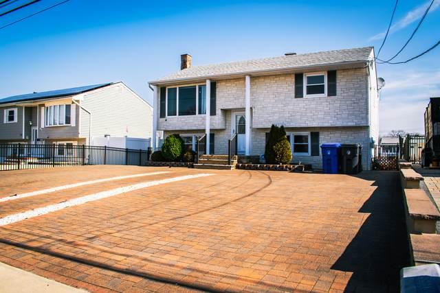 773 Francis Drive, Toms River, NJ 08753 (MLS #22106781) :: Provident Legacy Real Estate Services, LLC