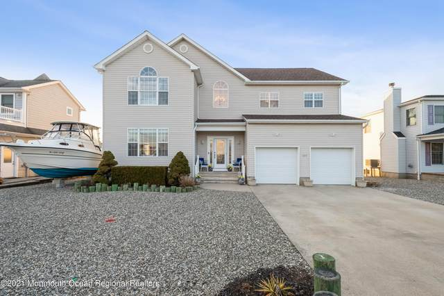 815 Bowline Drive, Forked River, NJ 08731 (MLS #22107389) :: William Hagan Group
