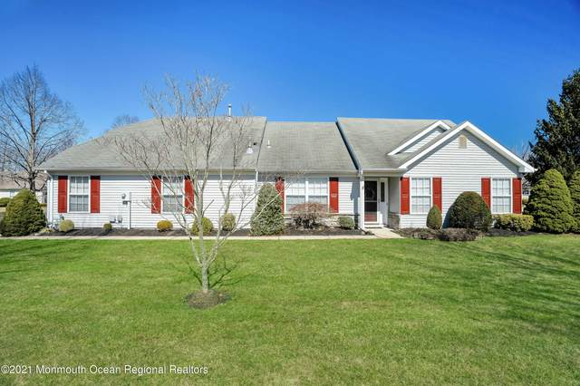 1 Pine Hollow Lane, Lakewood, NJ 08701 (MLS #22107558) :: Provident Legacy Real Estate Services, LLC