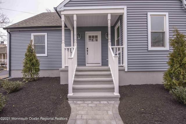 238 Maple Place, Keyport, NJ 07735 (MLS #22107880) :: The MEEHAN Group of RE/MAX New Beginnings Realty