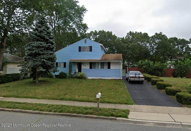 62 Western Drive, Howell, NJ 07731 (MLS #22108414) :: Provident Legacy Real Estate Services, LLC
