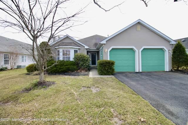 17 Skylark Lane, Lakewood, NJ 08701 (MLS #22108560) :: Provident Legacy Real Estate Services, LLC