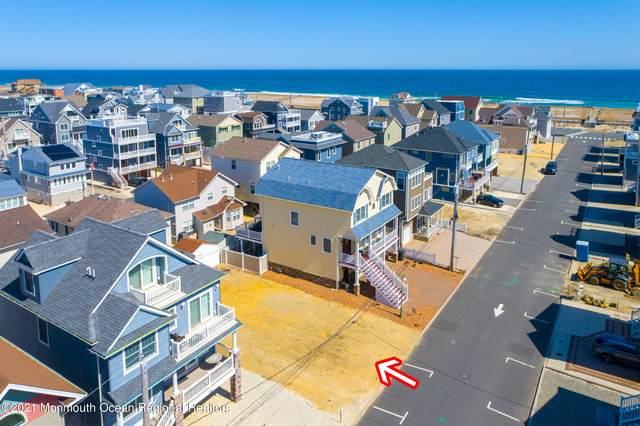 42 Fort Avenue, Ortley Beach, NJ 08751 (MLS #22108629) :: The MEEHAN Group of RE/MAX New Beginnings Realty