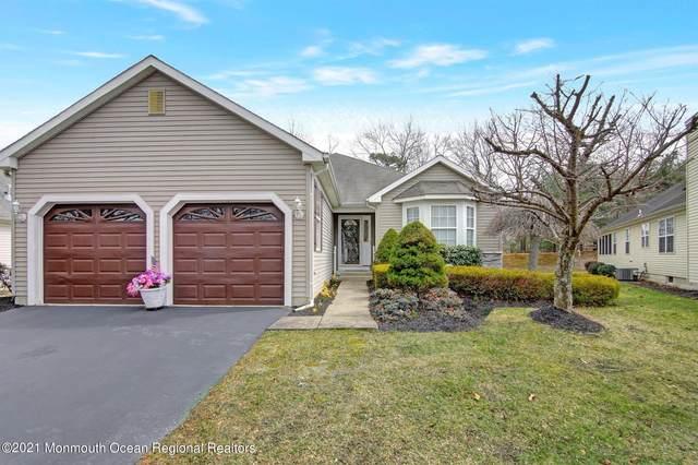76 Foxwood Road, Lakewood, NJ 08701 (MLS #22109267) :: Provident Legacy Real Estate Services, LLC
