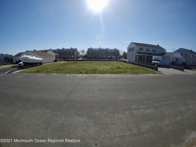 1606 Osprey Court, Point Pleasant, NJ 08742 (MLS #22109363) :: The Ventre Team