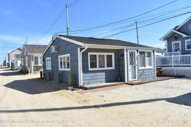 25 E Tarpon Way, Lavallette, NJ 08735 (MLS #22109479) :: William Hagan Group