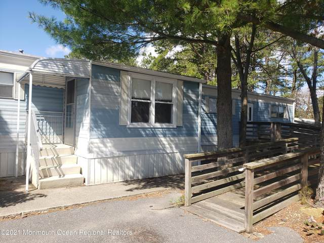 84 Beaver Avenue, Whiting, NJ 08759 (MLS #22109619) :: The DeMoro Realty Group | Keller Williams Realty West Monmouth