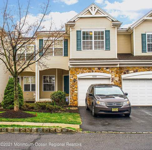 3033 King Court, Green Brook, NJ 08812 (MLS #22109712) :: William Hagan Group