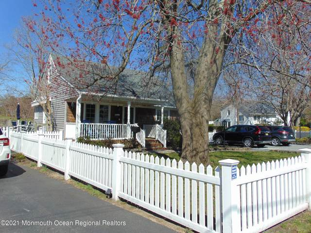26 Point O Woods Drive, Toms River, NJ 08753 (MLS #22109869) :: Kiliszek Real Estate Experts