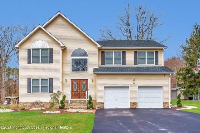 37 Brown Road, Morganville, NJ 07751 (MLS #22109910) :: William Hagan Group