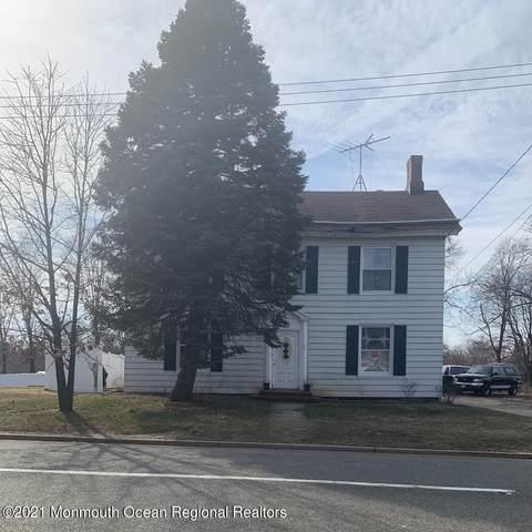 688 Holmdel Road, Hazlet, NJ 07730 (MLS #22110138) :: The MEEHAN Group of RE/MAX New Beginnings Realty