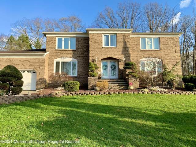 11 Pence Road, Manalapan, NJ 07726 (MLS #22110320) :: The MEEHAN Group of RE/MAX New Beginnings Realty