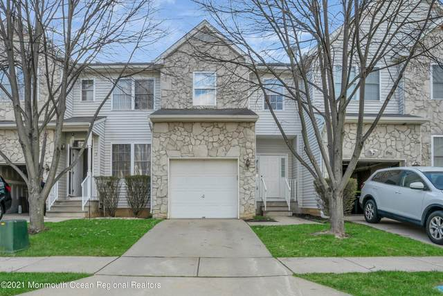 2 Sand Hill Court, Jamesburg, NJ 08831 (MLS #22110474) :: The MEEHAN Group of RE/MAX New Beginnings Realty