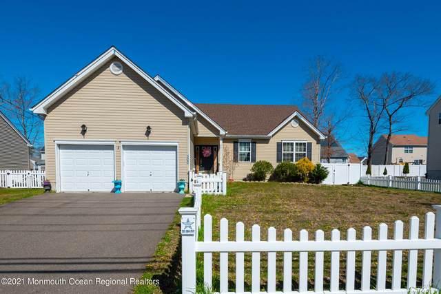 100 Nautilus Drive, Barnegat, NJ 08005 (MLS #22110504) :: Provident Legacy Real Estate Services, LLC
