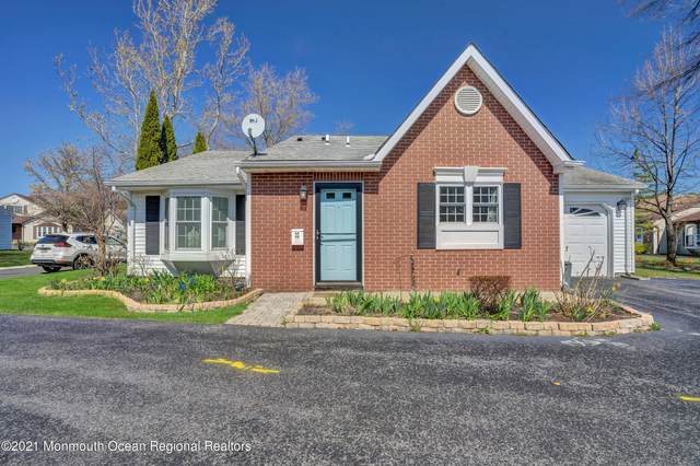 32 Edgeware Close, Freehold, NJ 07728 (MLS #22110560) :: The DeMoro Realty Group | Keller Williams Realty West Monmouth