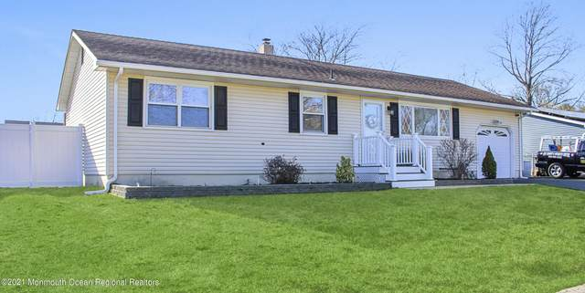 1004 Midwood Drive, Toms River, NJ 08753 (MLS #22110562) :: Provident Legacy Real Estate Services, LLC