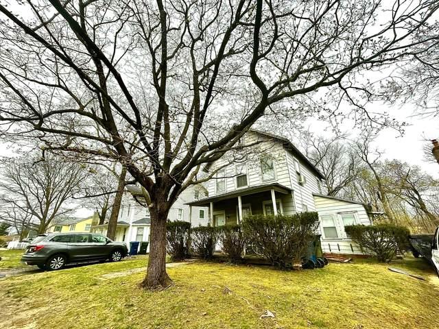 355 Lake Avenue, Oakhurst, NJ 07755 (MLS #22110662) :: The MEEHAN Group of RE/MAX New Beginnings Realty